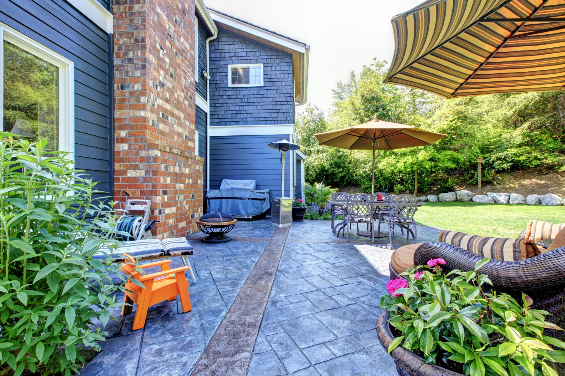 paver patio contractor in Savage -- J&A Services